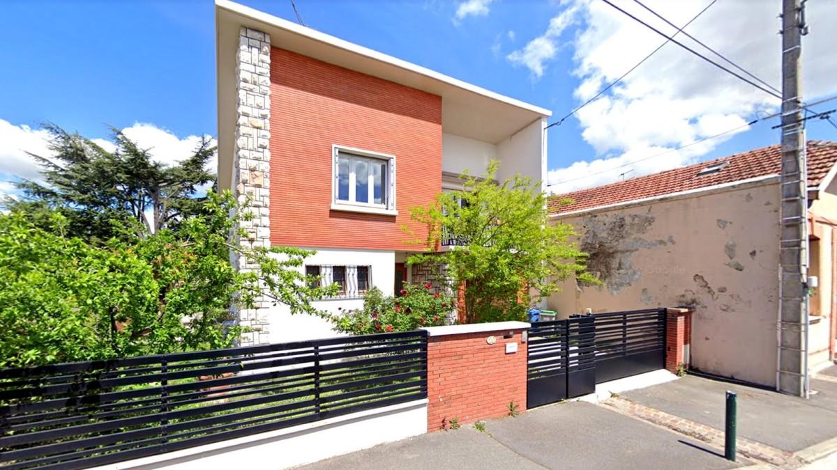 immobilier neuf croix de pierre - La rue Lafage abrite des villas aux codes architecturaux toulousains