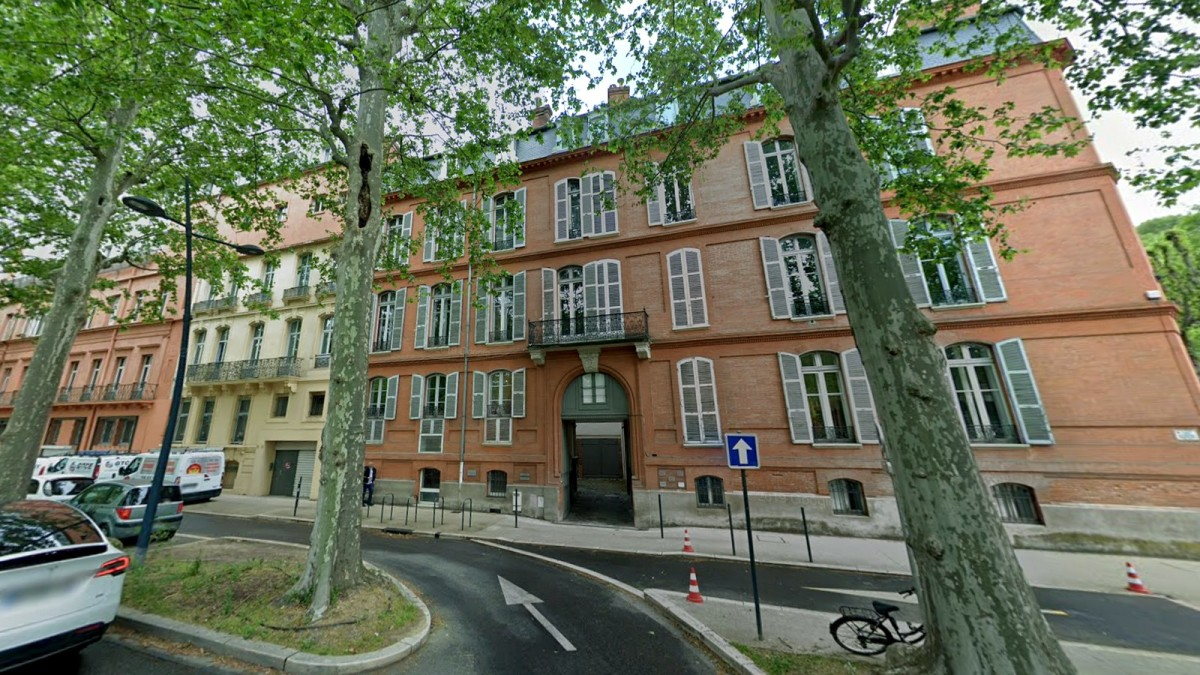 immobilier neuf toulouse le busca - Des immeubles situés le long de l'avenue Jules Guesde