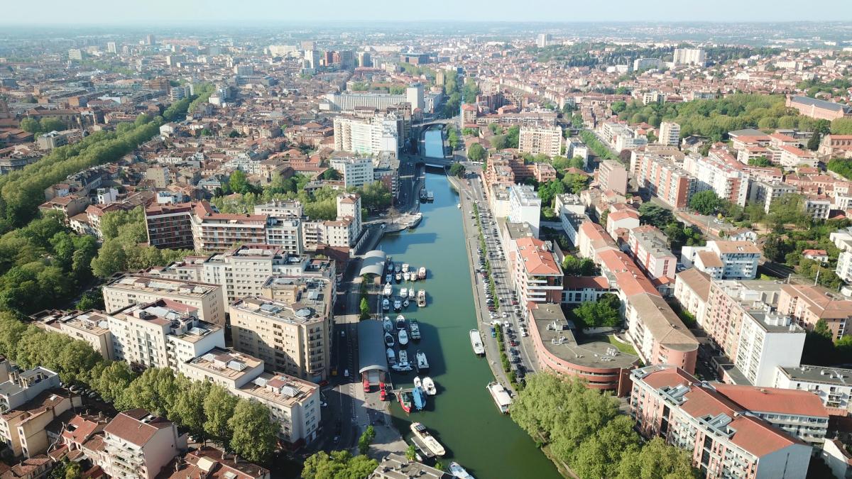 Rentabilité locative à Toulouse - Vue aérienne sur le port Saint-Sauveur