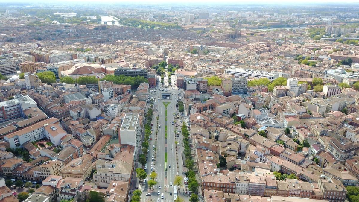 prêt immobilier toulouse - une vue aérienne sur la ville de Toulouse
