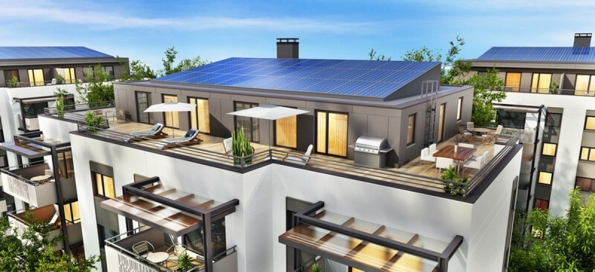 """""""Estimation d'un bien immobilier neuf – Résidence neuves écoresponsable, avec panneaux solaires sur le toit"""""""