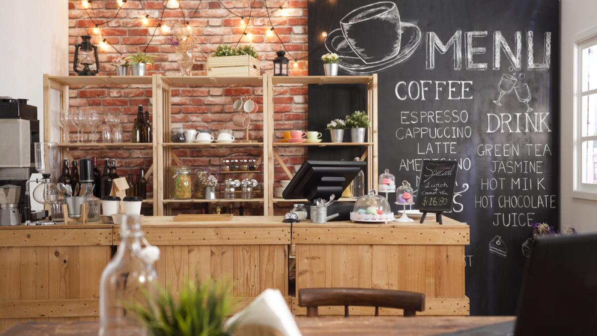 immobilier à Toulouse – un coffee shop et son bar