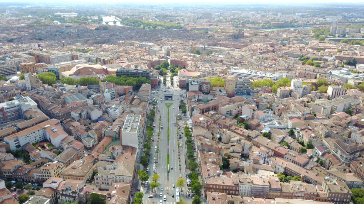 immobilier à Toulouse – les ramblas de Jean-Jaurès vues du ciel