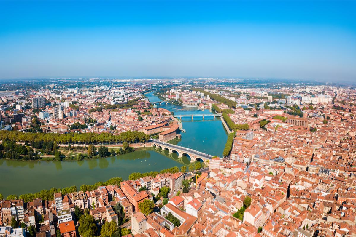 Vue aérienne de Toulous et de la Garonne