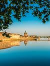 La Garonne à Toulouse et l'hôpital la Grave