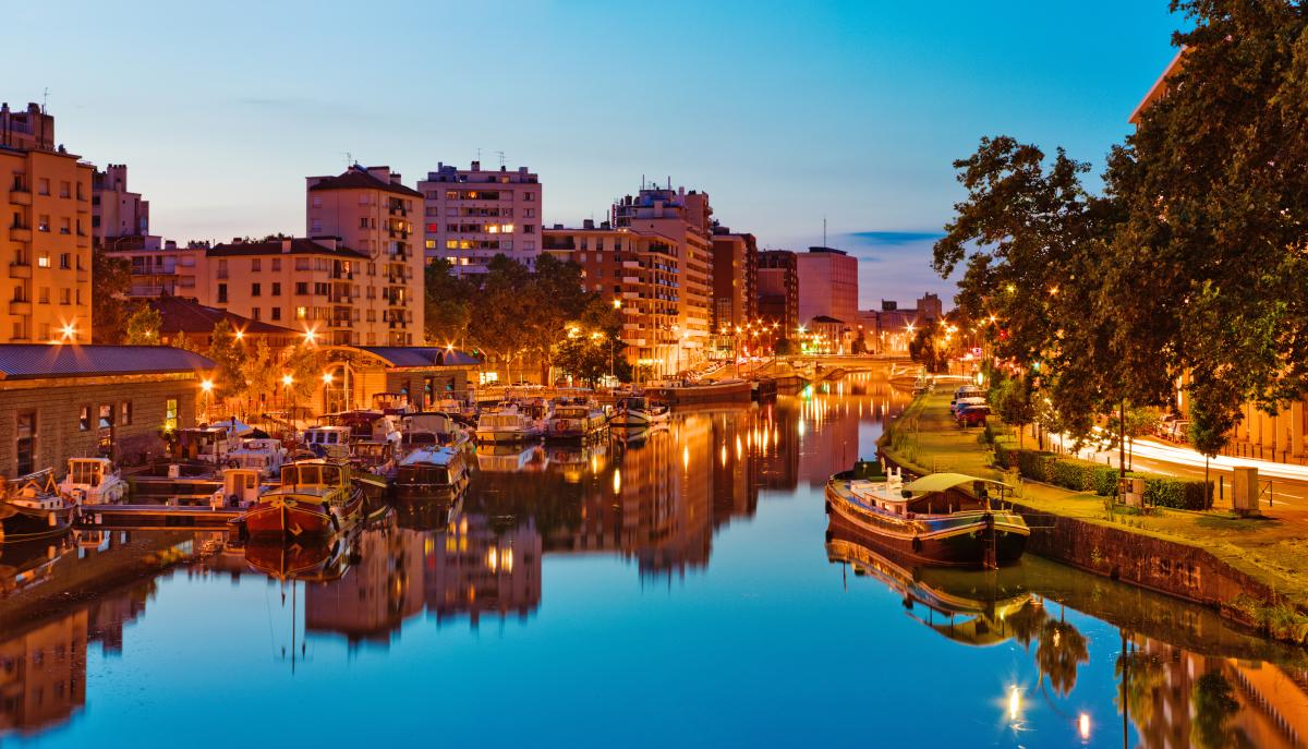 acheter appartement neuf Toulouse - Port Saint-Sauveur à Toulouse et un coucher de soleil