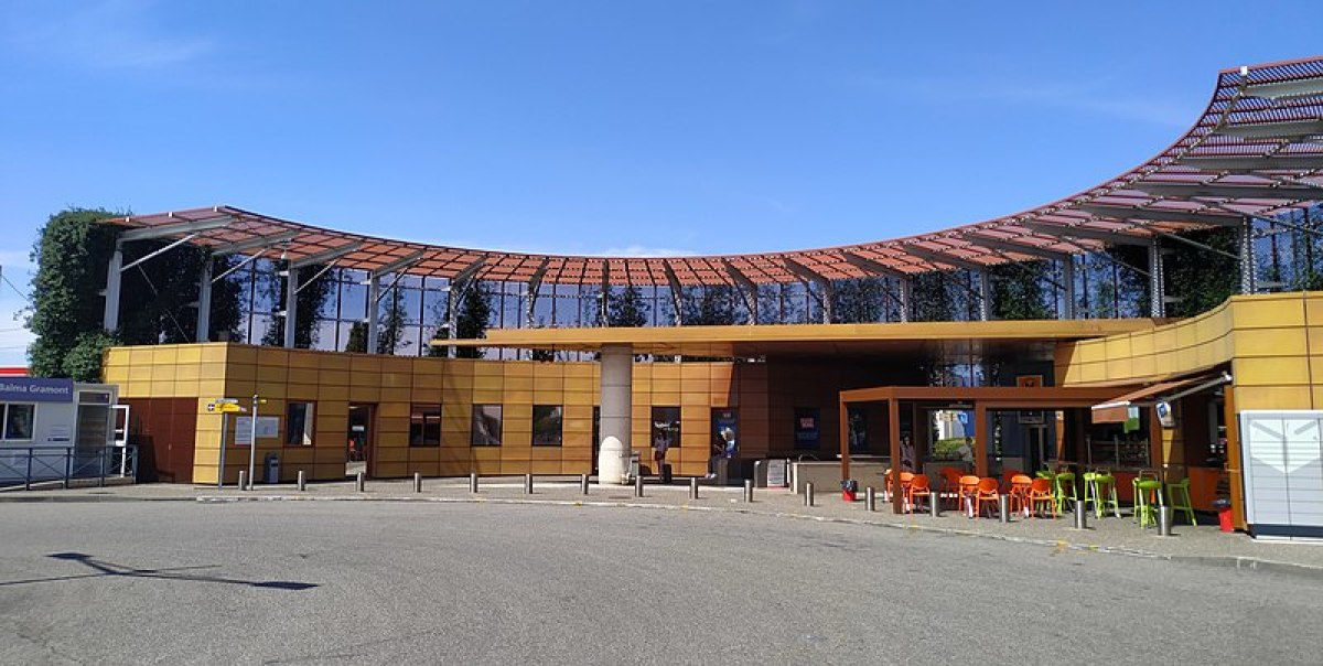 Campus Orange Balma - Vue sur le bâtiment du métro à Balma