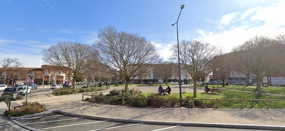 immobilier neuf les pradettes - la place des Pradettes à Toulouse